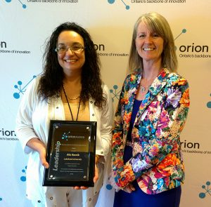 Linda Franklin, President and CEO, Colleges Ontario, presents Dr. Alla Reznik with the 2016 ORION Higher Education Leadership Award. Click to download.